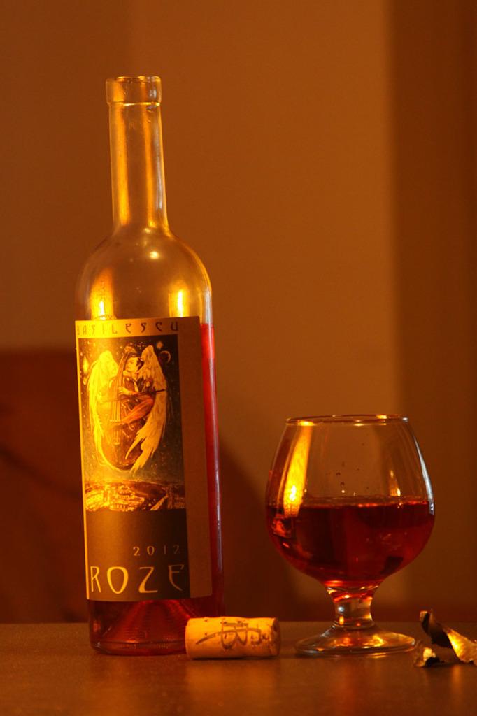 VIN-ROZE-Basilescu-2012