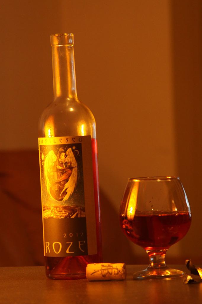 Vin-tare-ROZE-Basilescu-2012