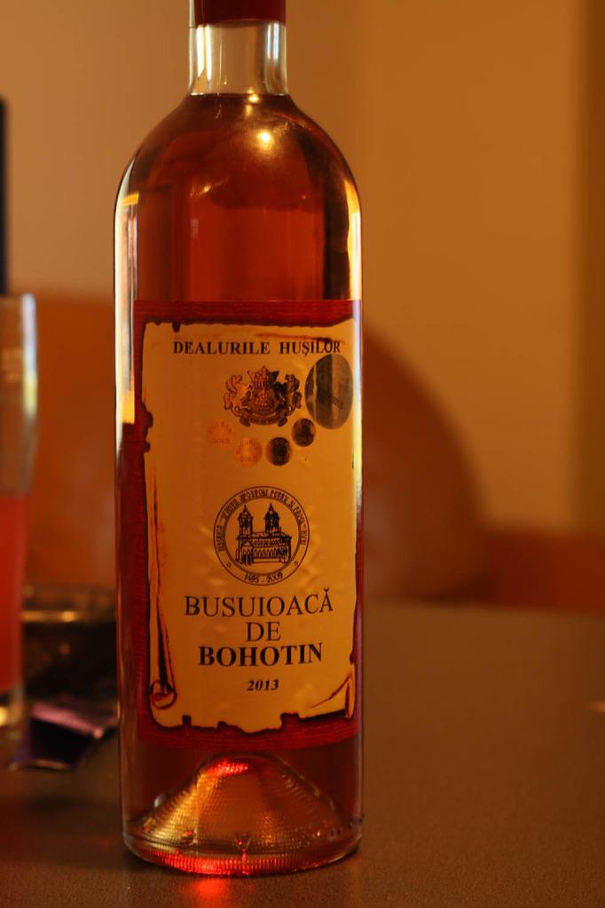 Vin-roze-demidulce-Busuioaca