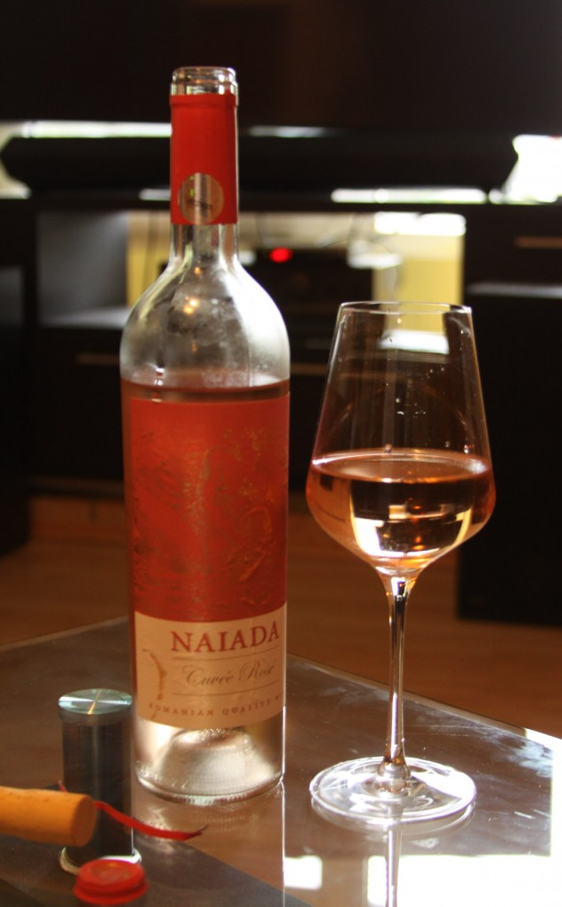 Culoare-Vin-Rose-Domenii-Ostrov