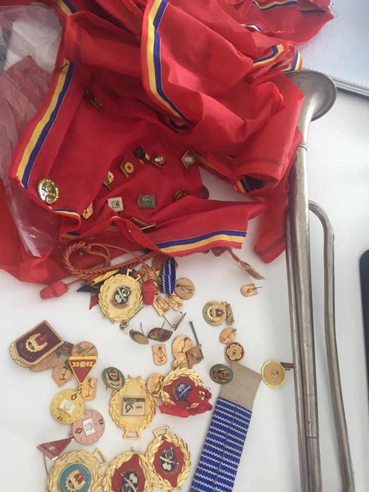 insigne-pionieri-ceausescu