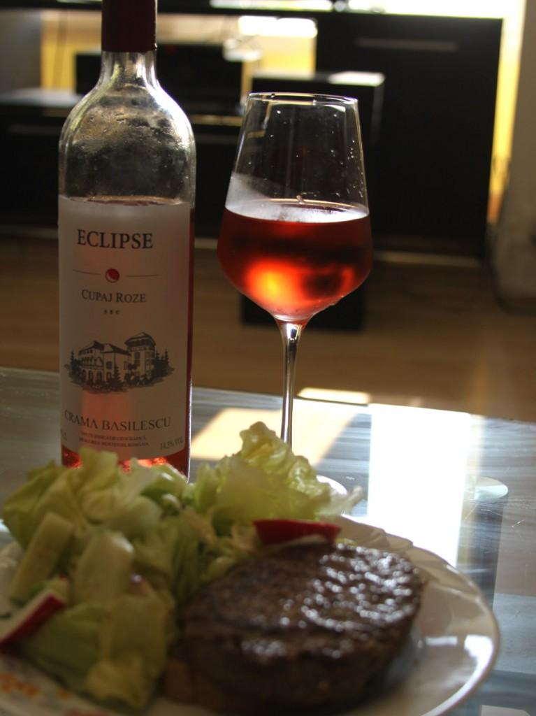 Vin-rose-Burgeri-Basilescu