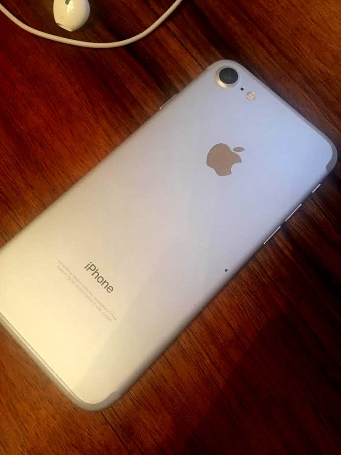 spatele-iphone7